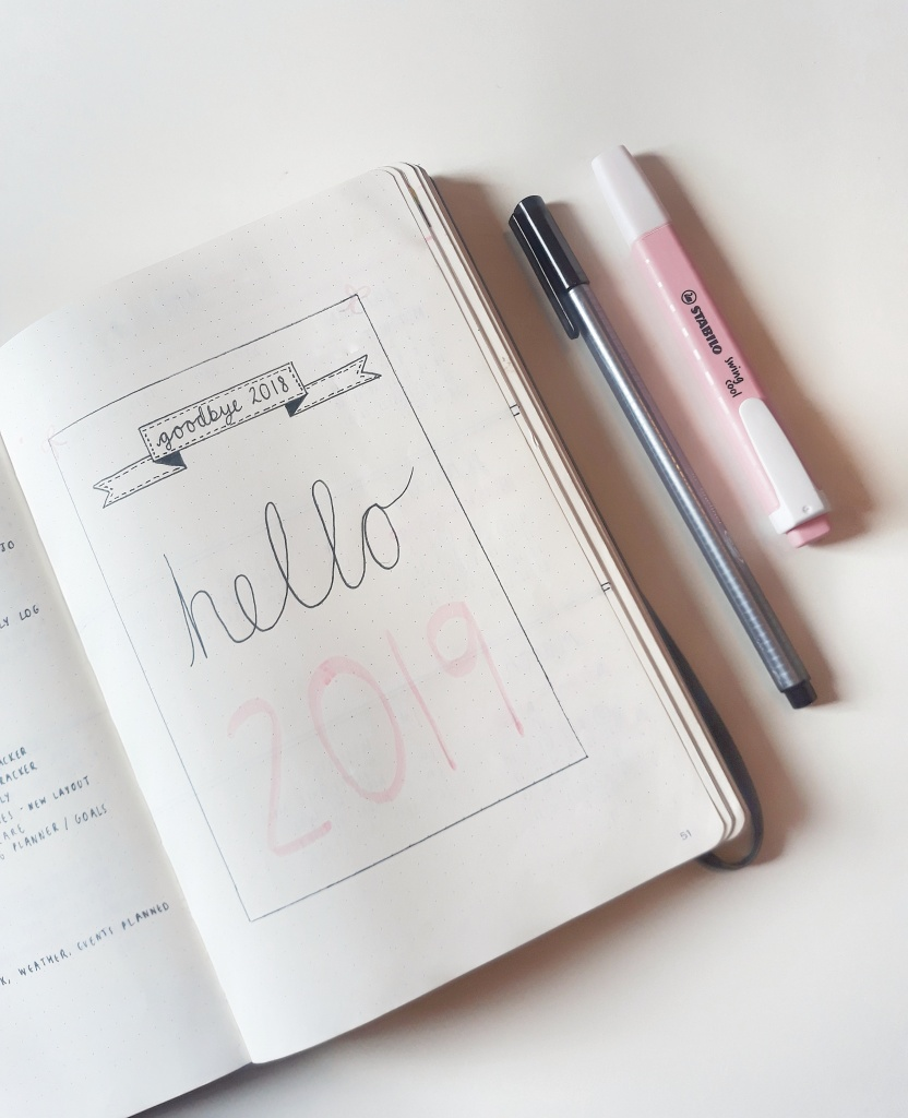 Bullet journal page saying 'Goodbye 2018, Hello 2019'